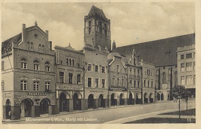 http://www.castlesofpoland.com/prusy/postcard/marienwerder029.jpg